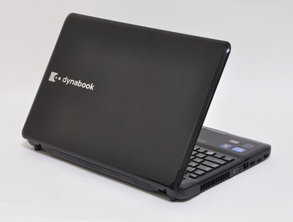 dynabook T551の天板